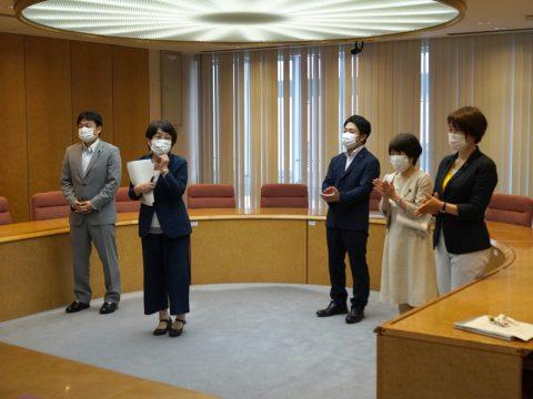 石田議員の代表質問